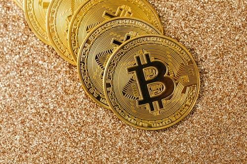 nem crypto trading case bitcoin aumenta en el primer día de negociación futura